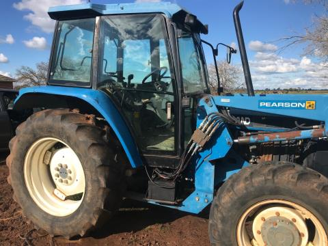 New Holland 5640 (Ford)Tractor