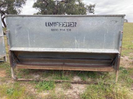 1x UniFeeder