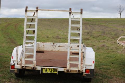 Bogie axle plant trailer