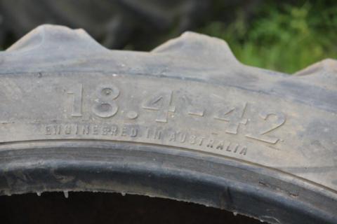 18-4-42 Harvest tyres