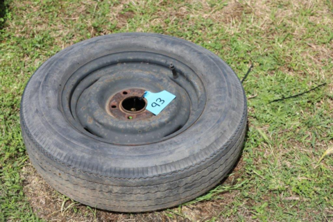 HT holden Rim and tyre