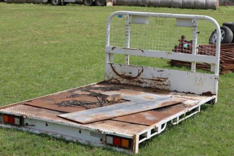 Landcruiser ute tray