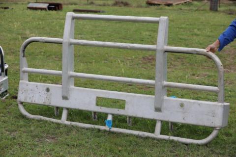2 post truck Bull bar