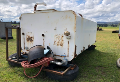 10,000L Water Tank With Pump
