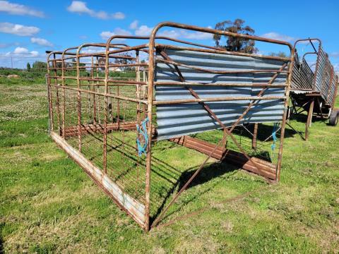 """2 Pen Cattle Crate 13'10"""" x 7'4"""""""