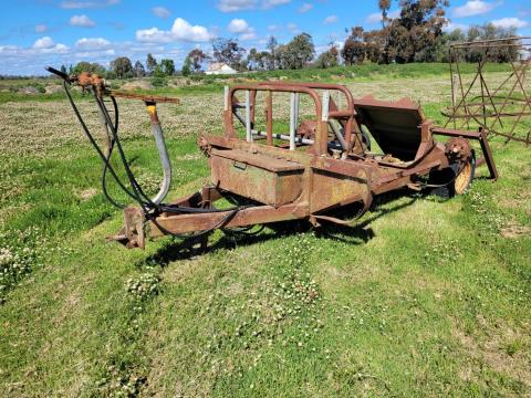 Hay Feedout Wagon (Parts Only)