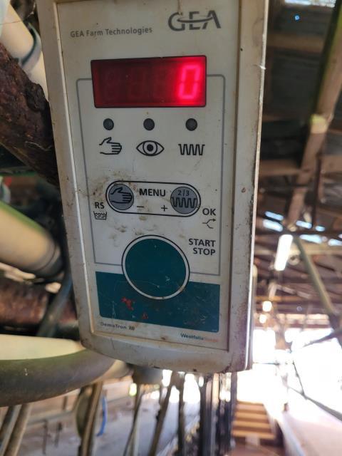 20 Westfalia Cup Removers & GEA Panels