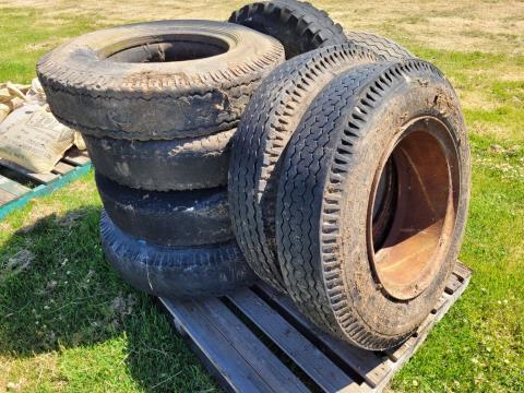 Assorted Truck Tyres & Rims (C)