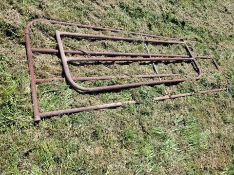 Steel Farm Gates; 9ft x 3ft & 2ft x 6ft