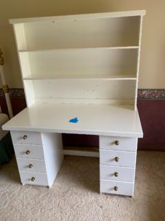 Kids bedrrom dresser/study
