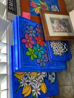paintings and message board