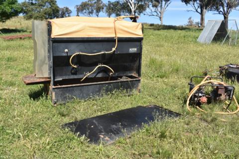Aussie sheep jetter