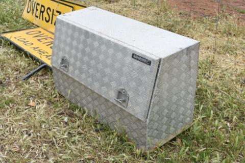 Kinchrome tool box