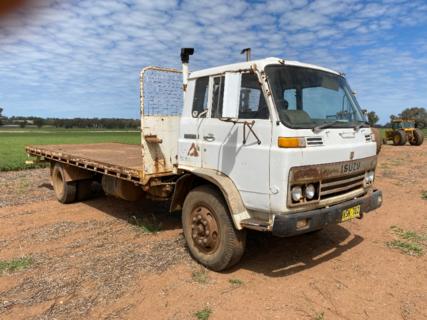 ISUZU Body Truck