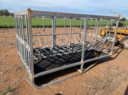 Hay feeder # 2 - Ballimore Engineering