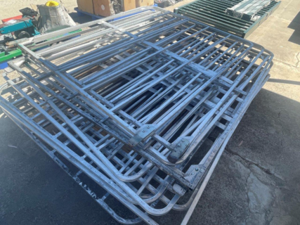 QTY OF MIXED TRUCK GATES